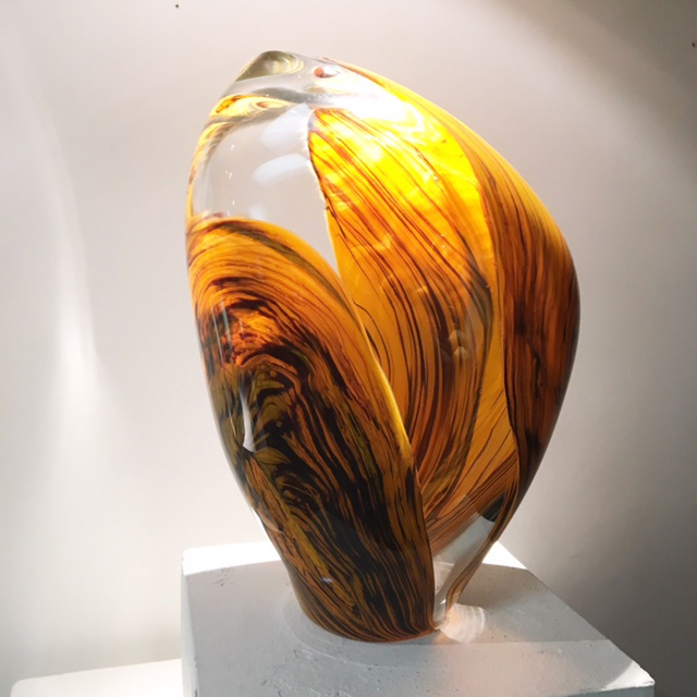 Clear and Yellow Gold sculpture